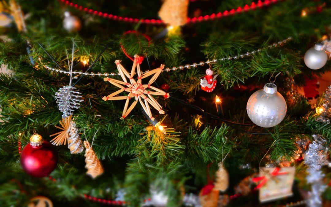 25 Days For a Teenage Christmas